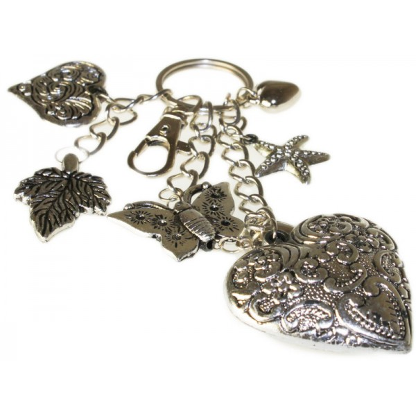 Bijou de sac à main coeurs et bijoux